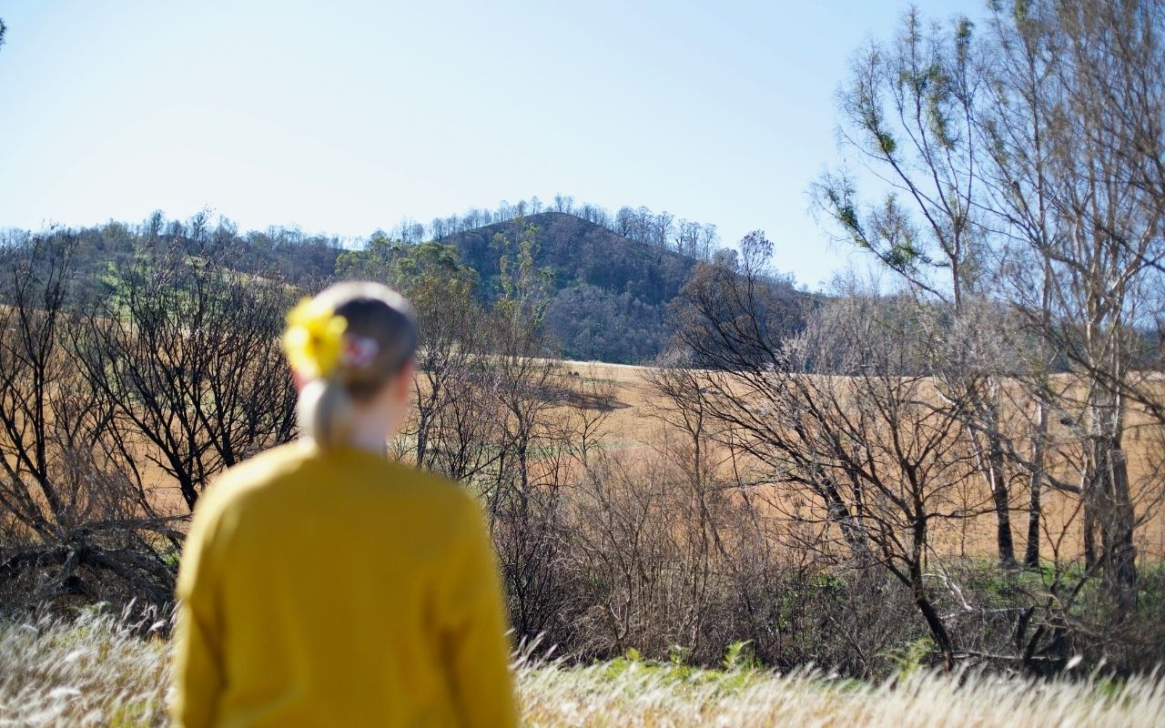 supporting young person bushfires2